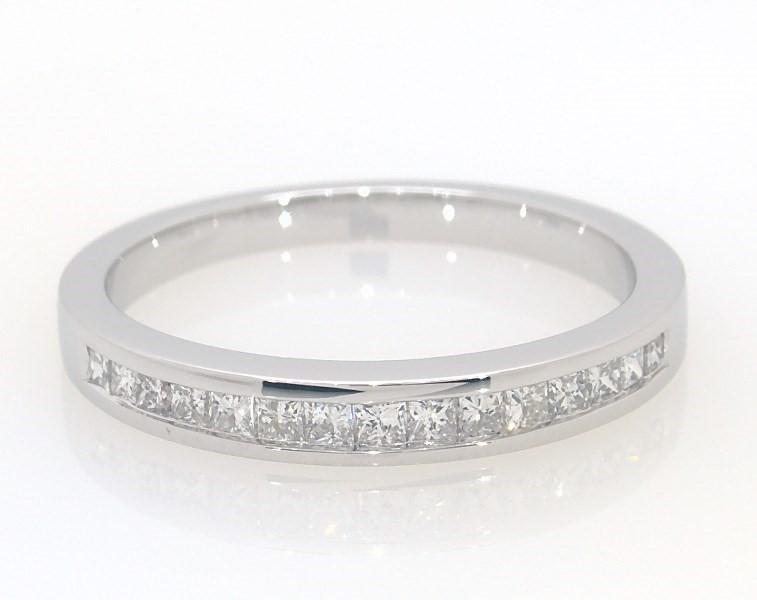 d85e1536ea5dc Diamond Wedding Band 1/3 ct tw Princess-Cut 14K White Gold